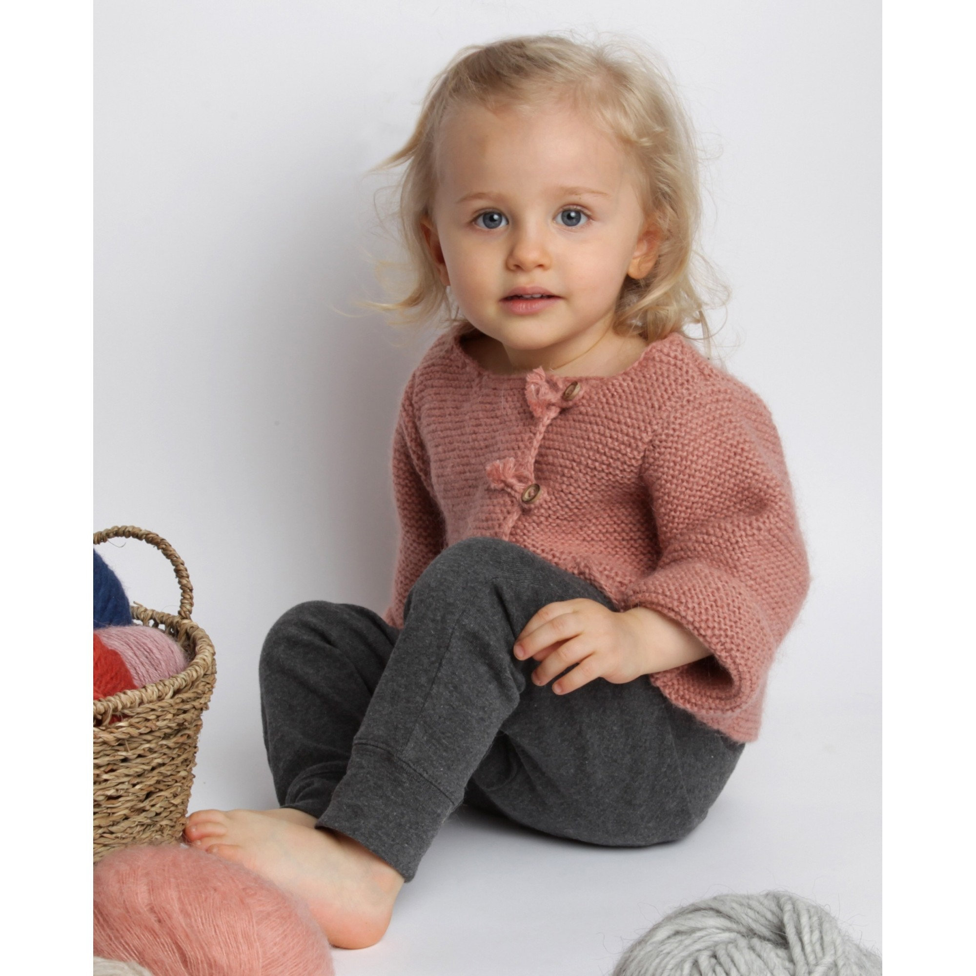 Dark grey baby jogging pants made from 100% cotton and Marie-Jeanne cardigan