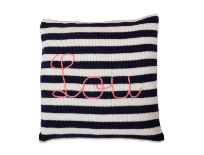 knitted cushion customizable natural white and navy blue with personnalized embroidered name