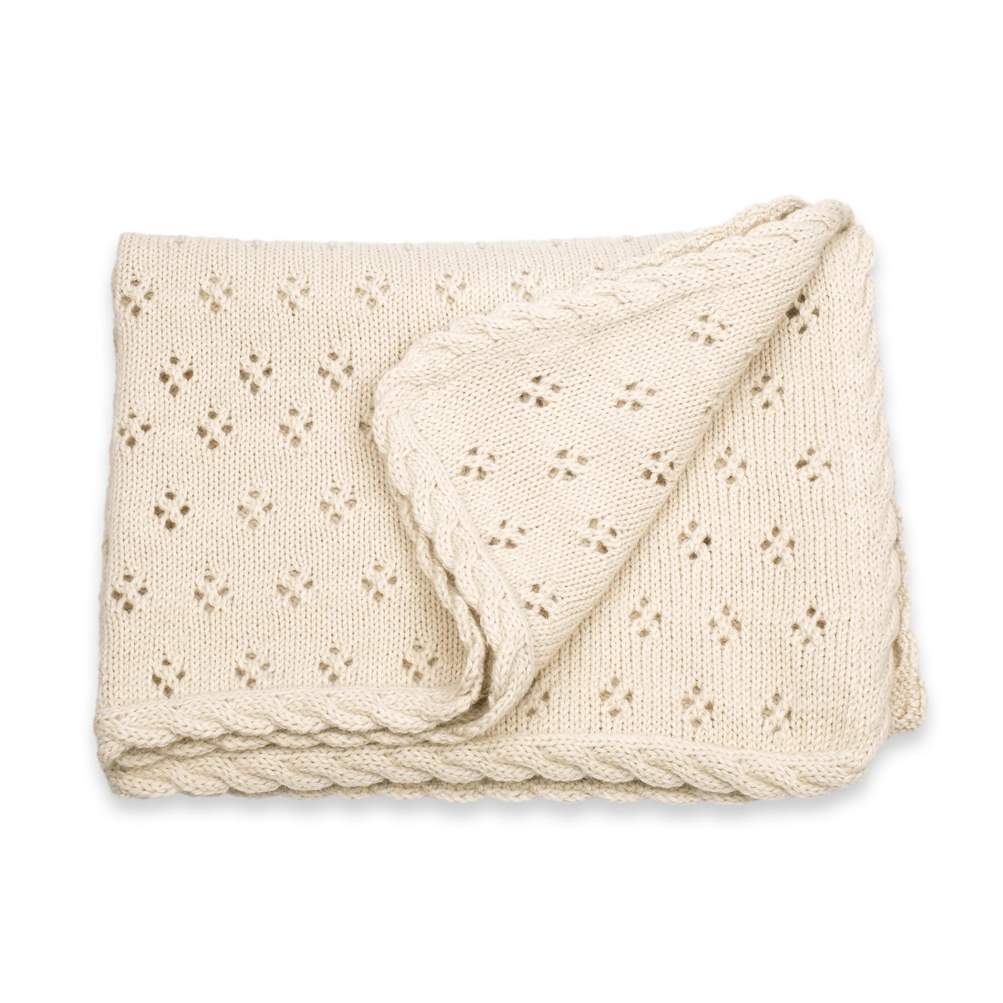 les tricots de mamy ch le de bapt me couverture b b ecru en laine d 39 alpaga mamy factory. Black Bedroom Furniture Sets. Home Design Ideas