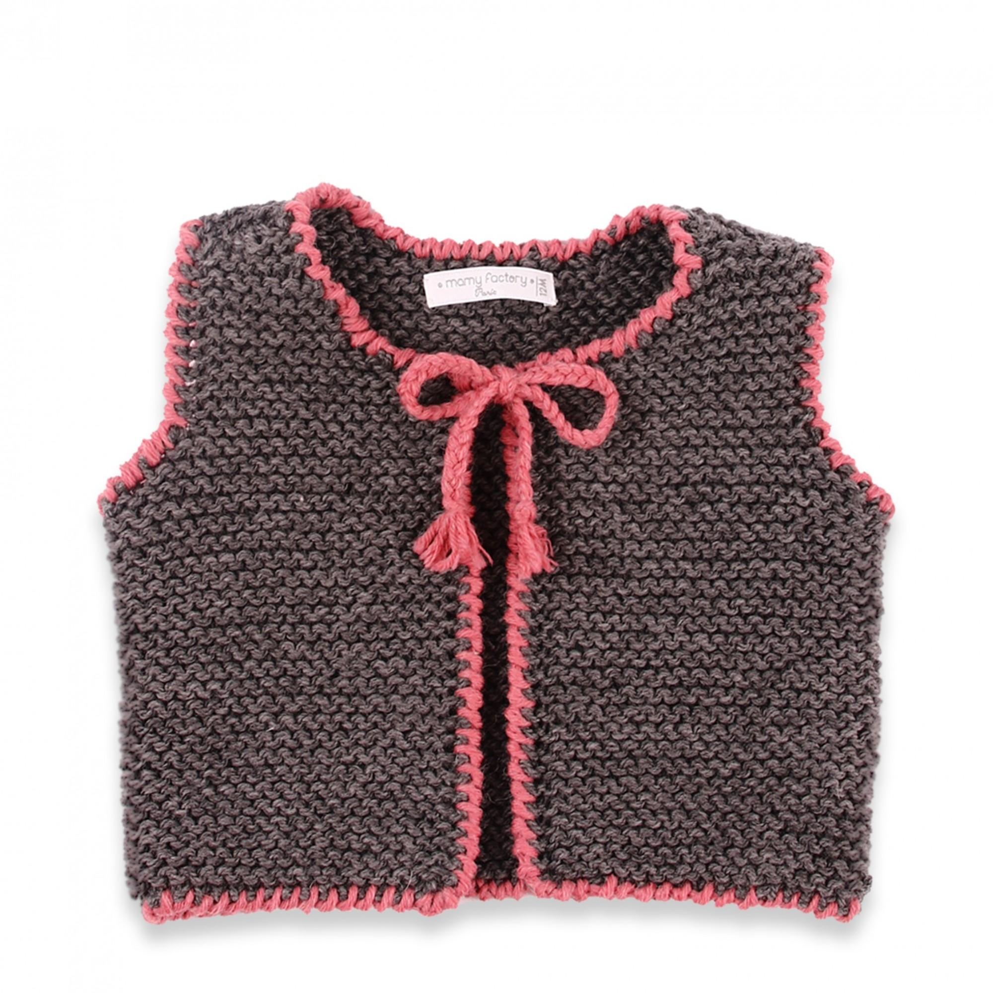 les tricots de mamy gilet b b sans manche avec bordures rose tricot au point mousse en 100. Black Bedroom Furniture Sets. Home Design Ideas