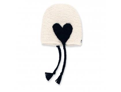 Bonnet bébé écru avec coeur noir