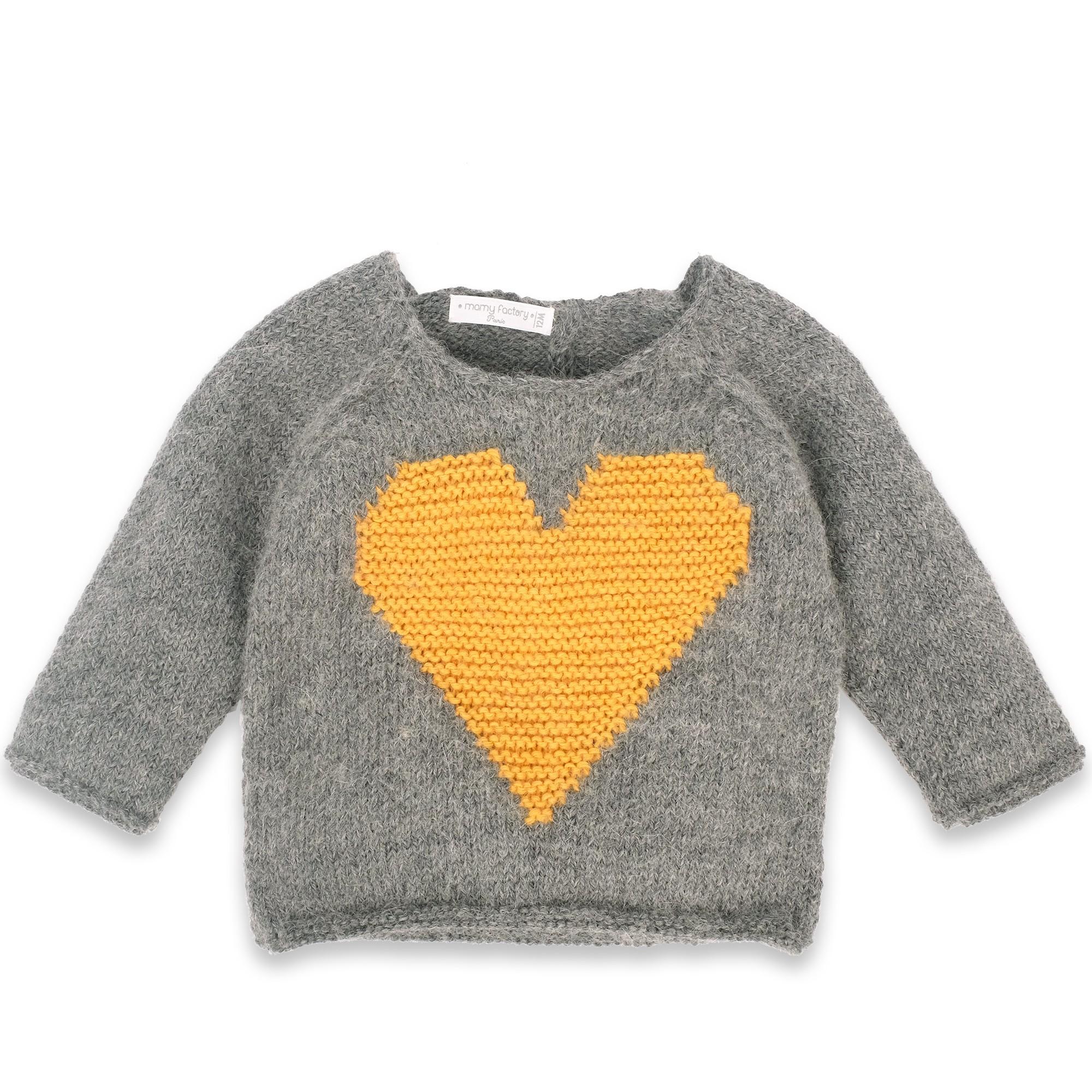 les tricots de mamy pull b b doux et moelleux en laine et alpaga avec un gros coeur jaune sur. Black Bedroom Furniture Sets. Home Design Ideas