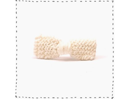 Hair clip knitted bow ivory cotton kid baby