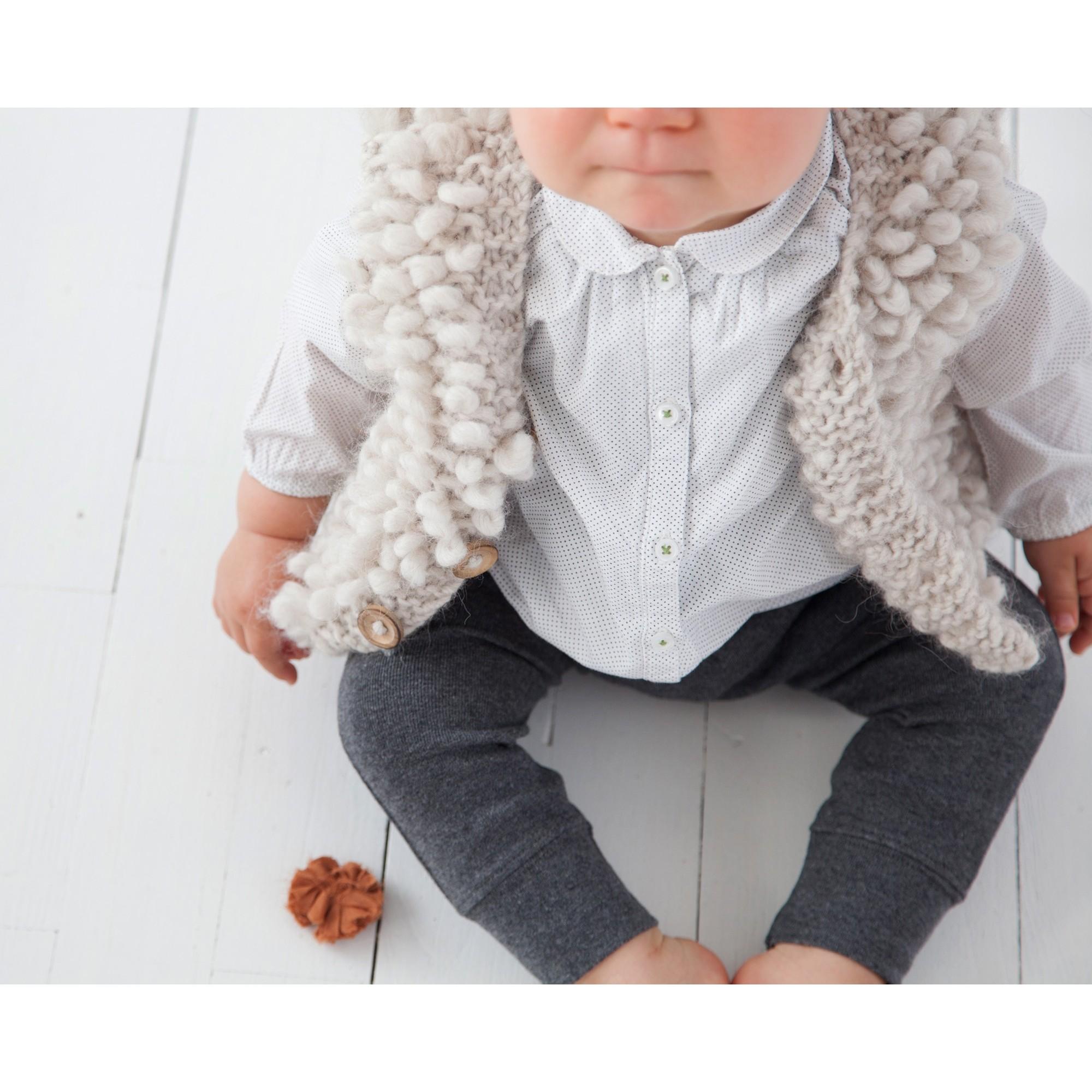 Les tricots de mamy gilet sans manche b b style berger beige tricot main au point de - Tricot assembler les manches ...
