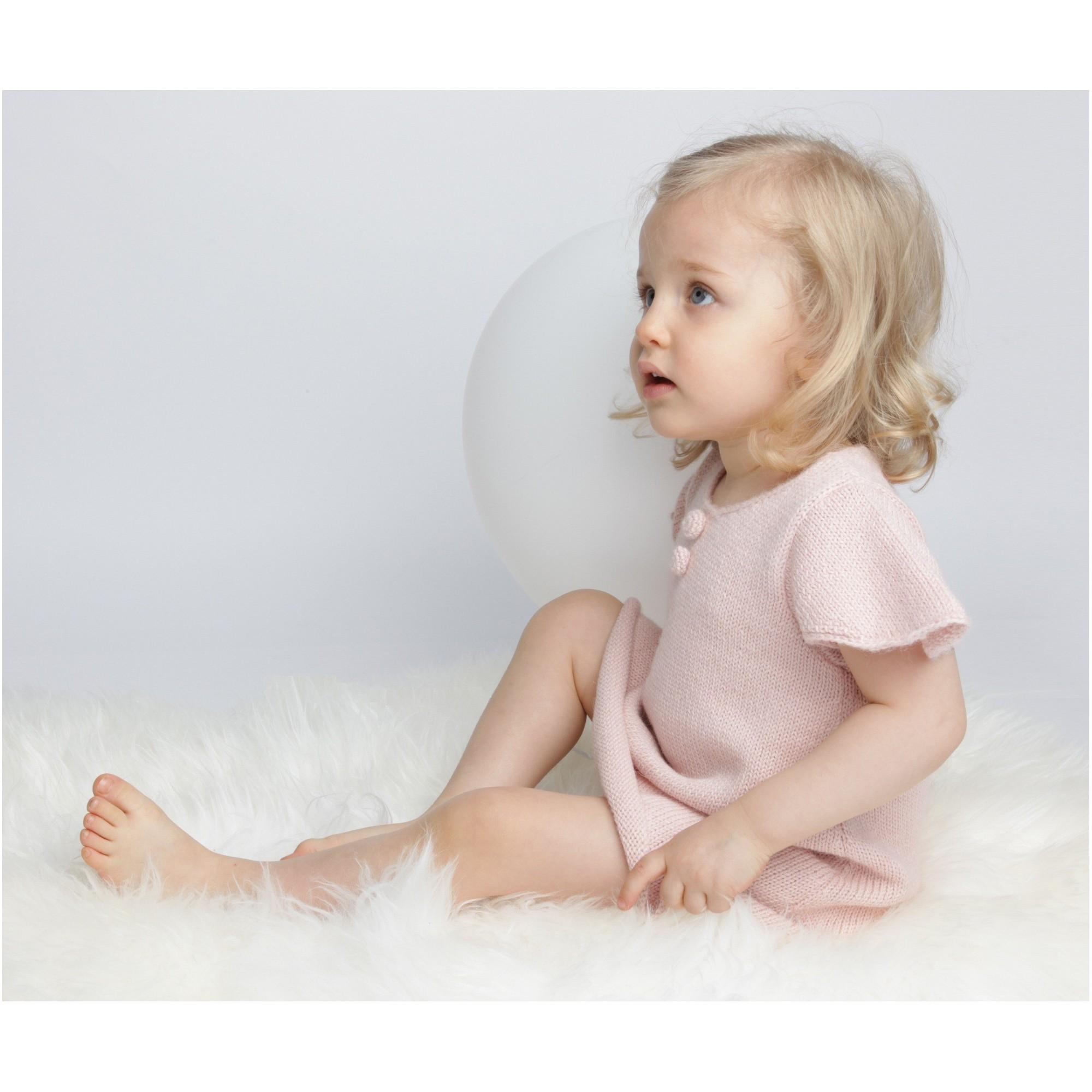 Robe Fanette portée (coloris rose ballerine)