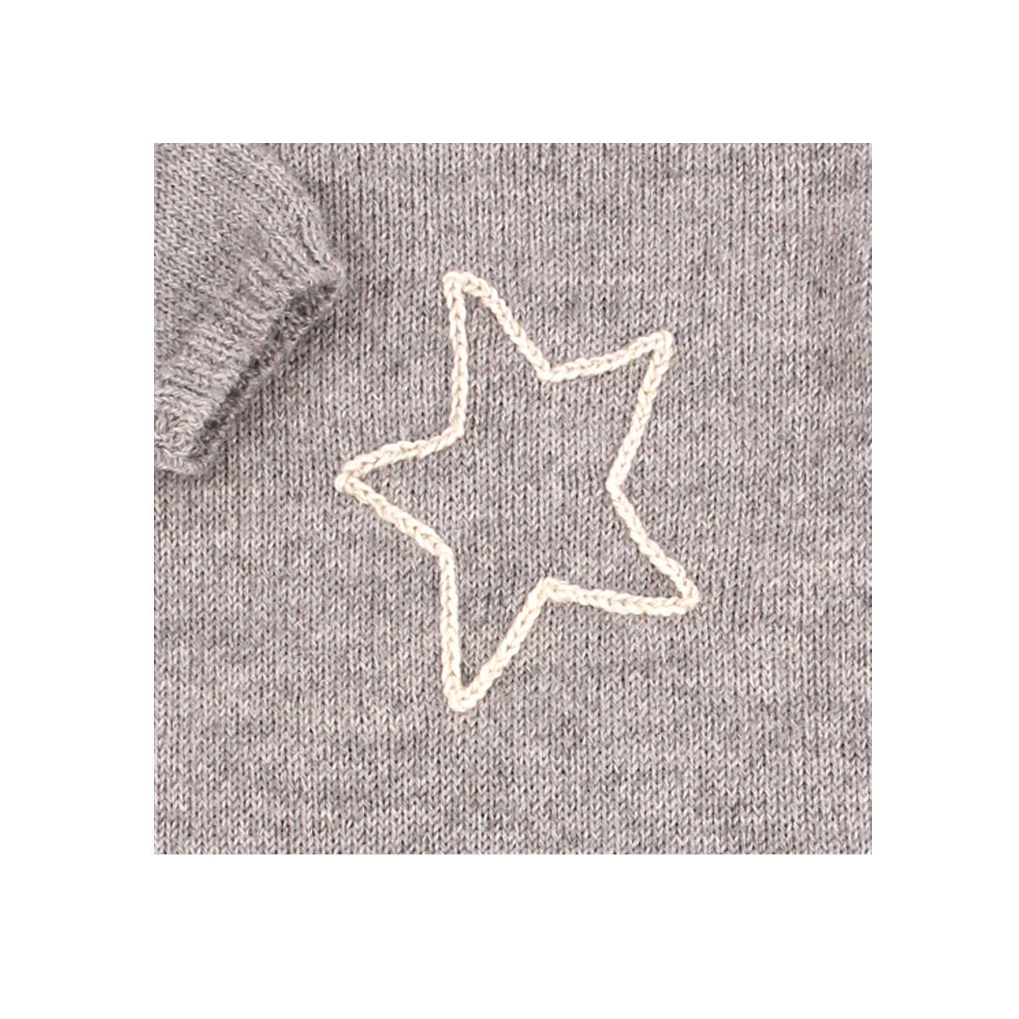 Claudine playsuit for baby - grey color with star - detail