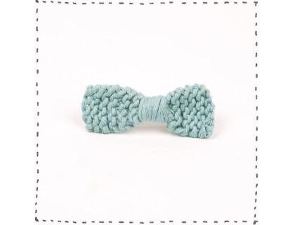 Barrette noeud tricotée - coloris bleu ciel - en coton