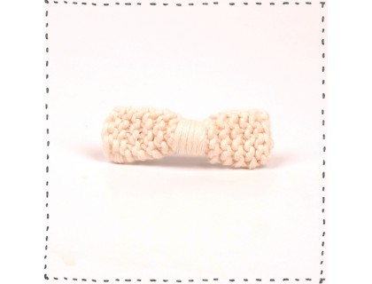 Barrette noeud tricotée