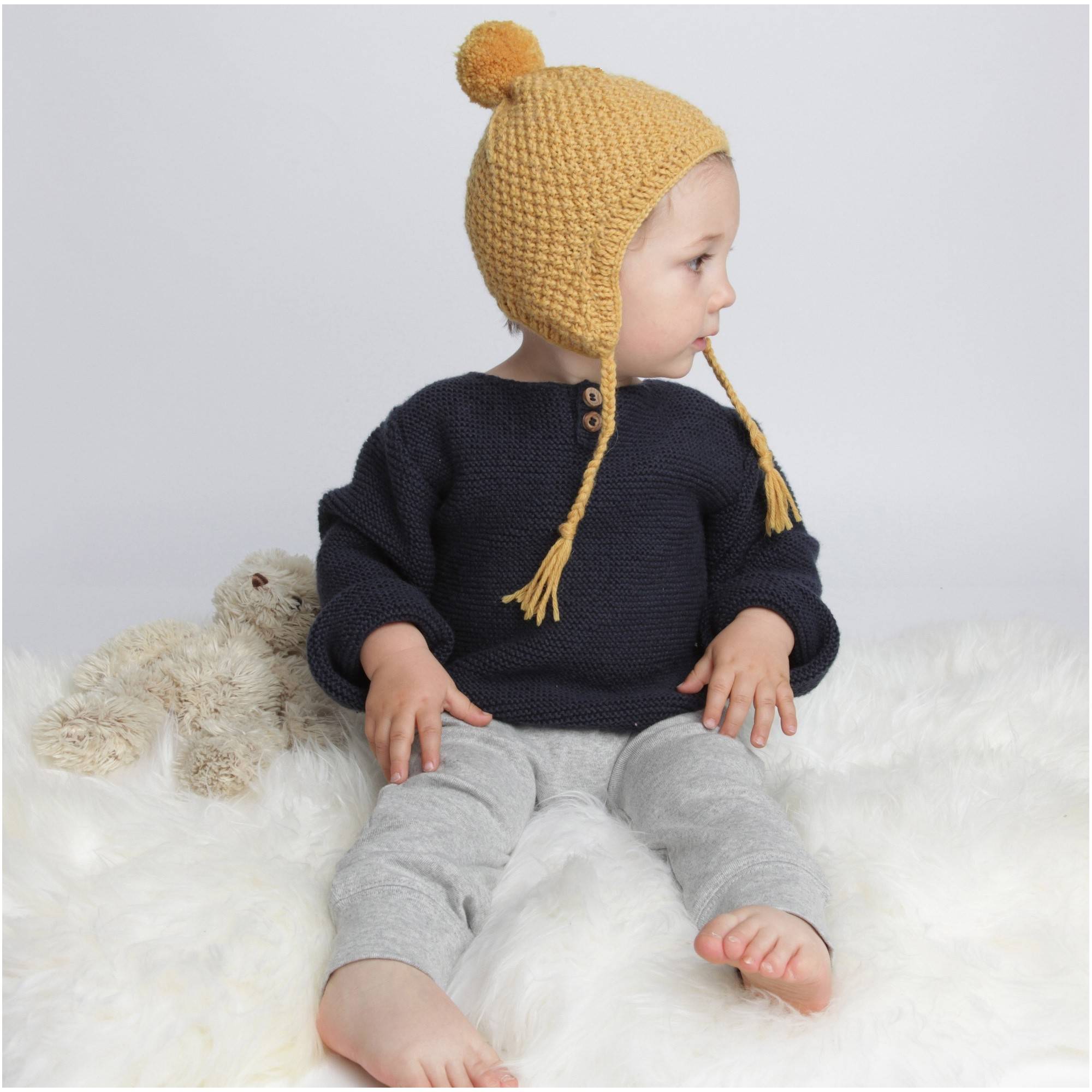 Baby peruvian cap knitted in moss stitch made from wool and alpaca - Yellow - Worn