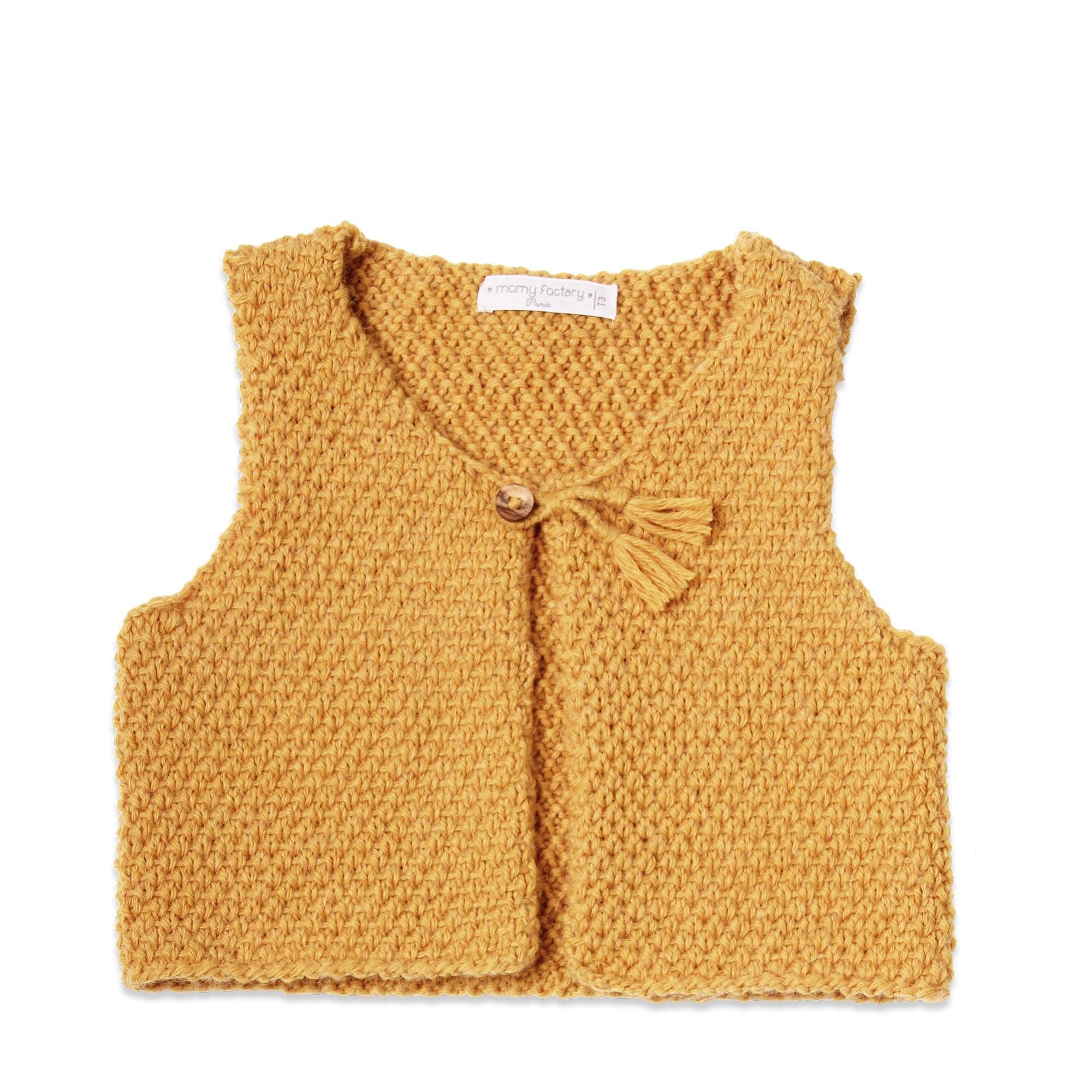 Les tricots de mamy - Gilet sans manche bébé enfant, jaune moutarde ... 5ab447721be