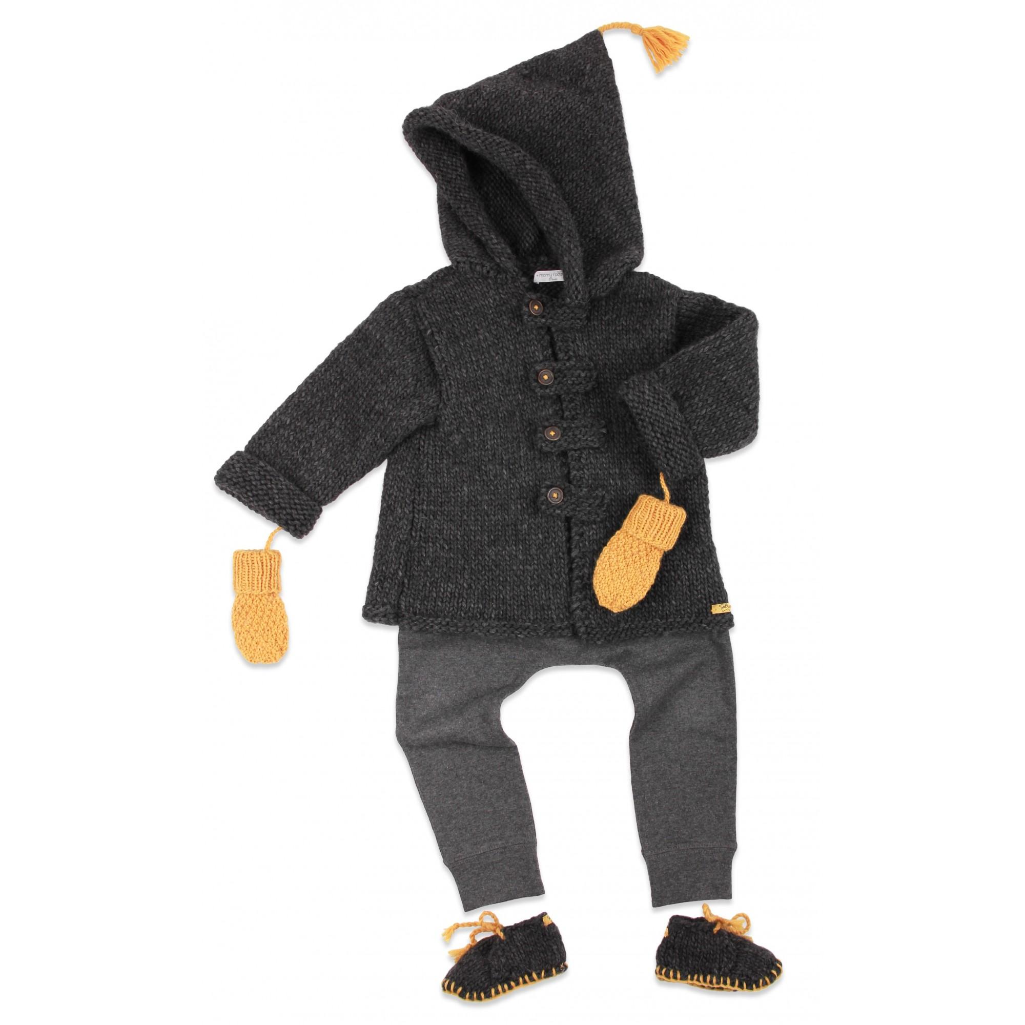 Manteau / veste bébé gris foncé, au point mousse, en laine et alpaga avec moufles, chaussons et jogging coton