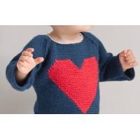 Pull Agénor marine coeur rouge laine alpaga porté 2