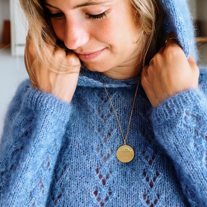 Modele tricot PDF - Pull a capuche Daphne